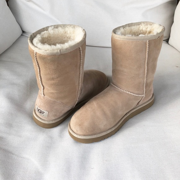UGG Shoes - Class UGG Boots